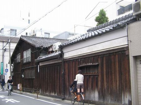 09_karasuma_new03