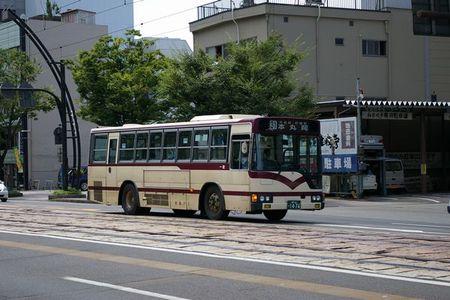 Keifuku_bus01