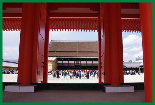 201204gosyo_sakura01