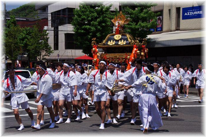 201205matsuri02