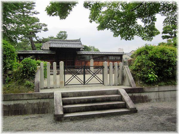 201205higashiyama02